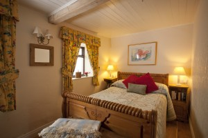 Honeymoon-Cottage.Bedroom-1.9MB